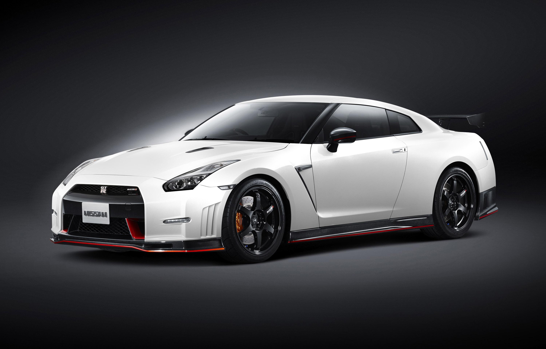 Nissan NISMO GT-R photo #1