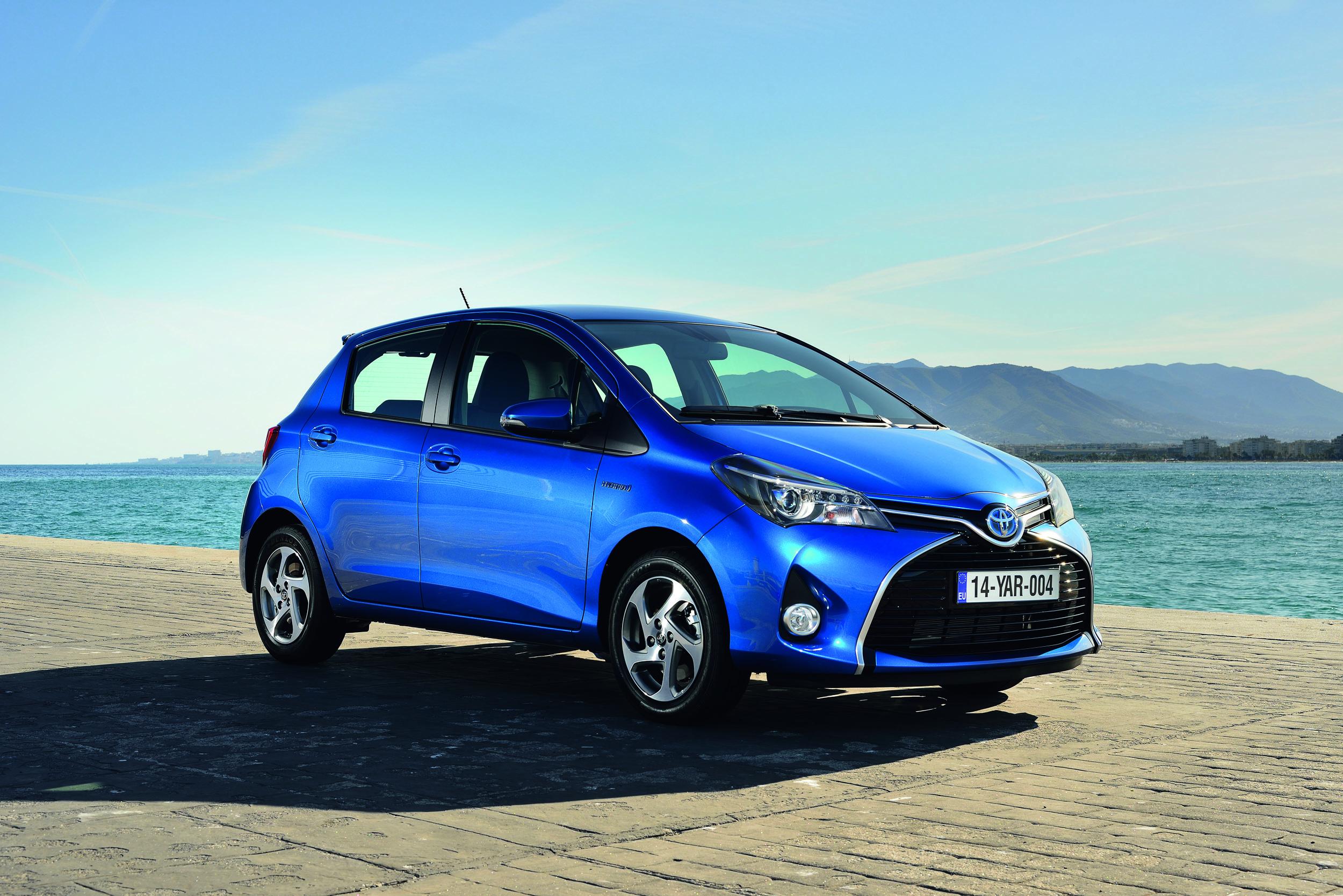 Toyota Yaris photo #1