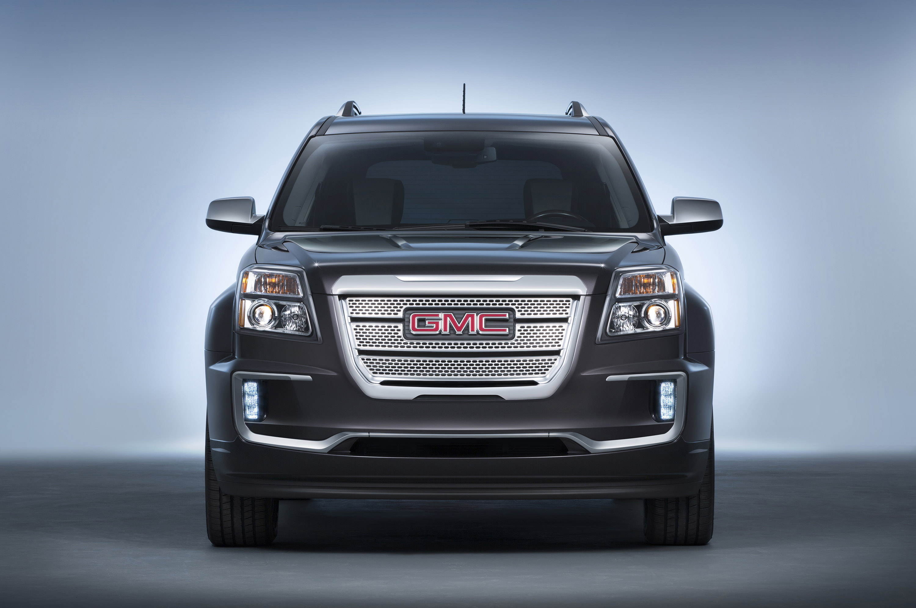 GMC Terrain Denali photo #2