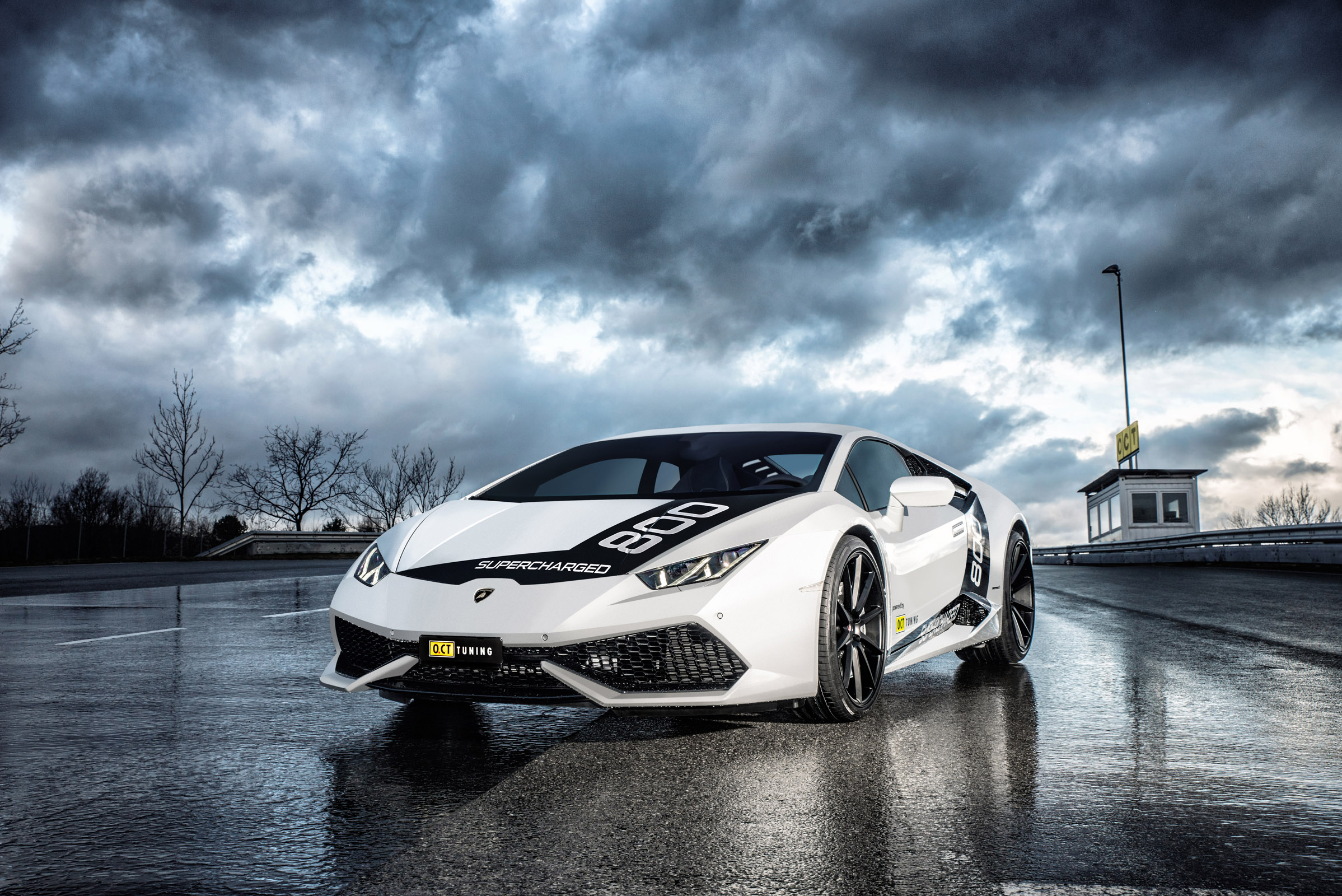 OCT Lamborghini Huracan photo #1