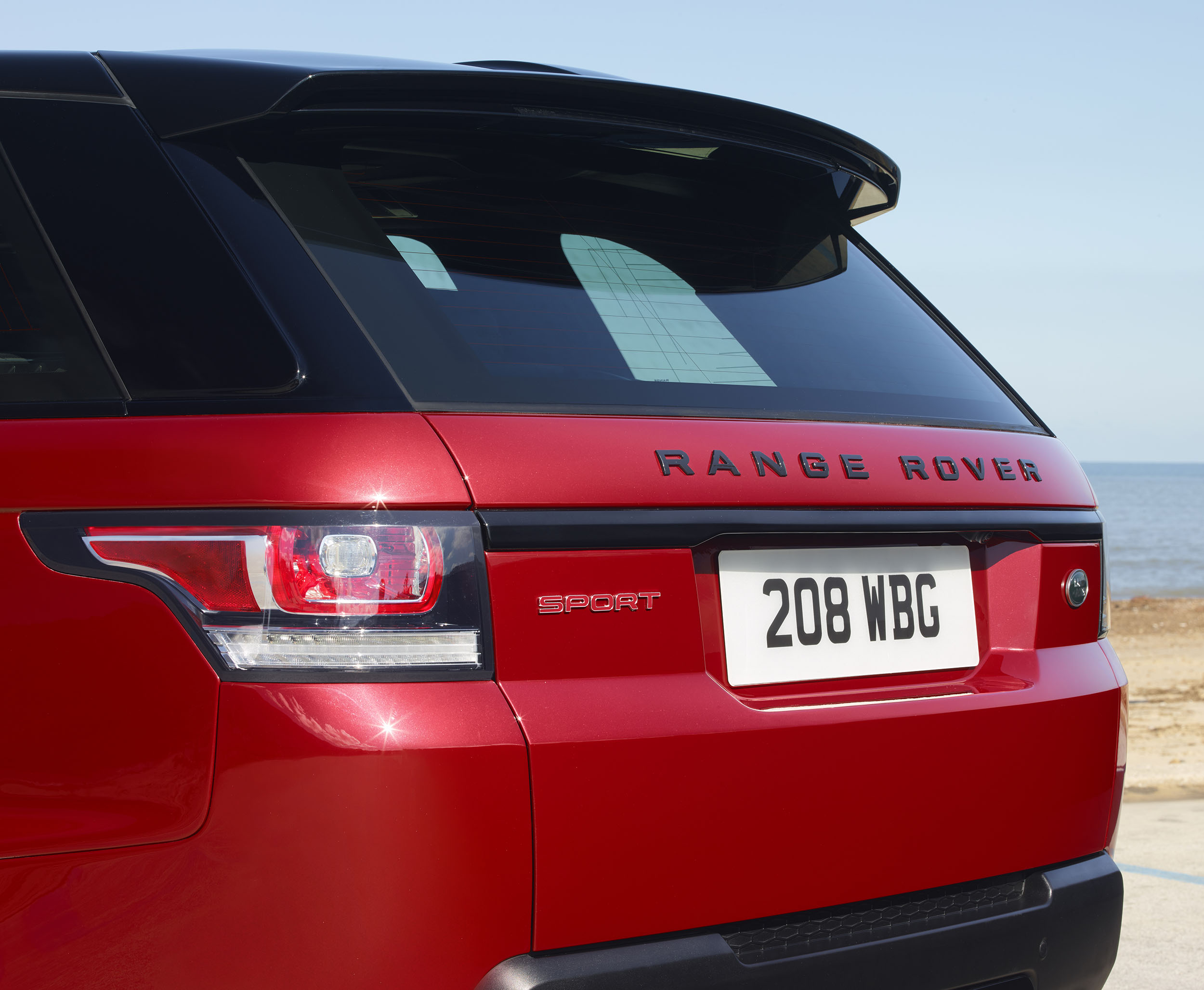 2016 Range Rover Sport HST - HD Pictures @ carsinvasion.com