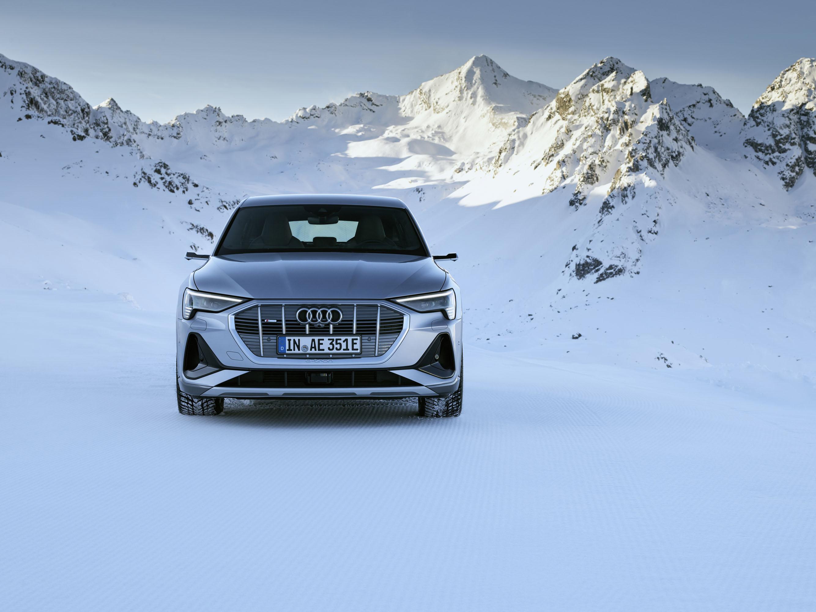 Audi e-tron Sportback photo #1