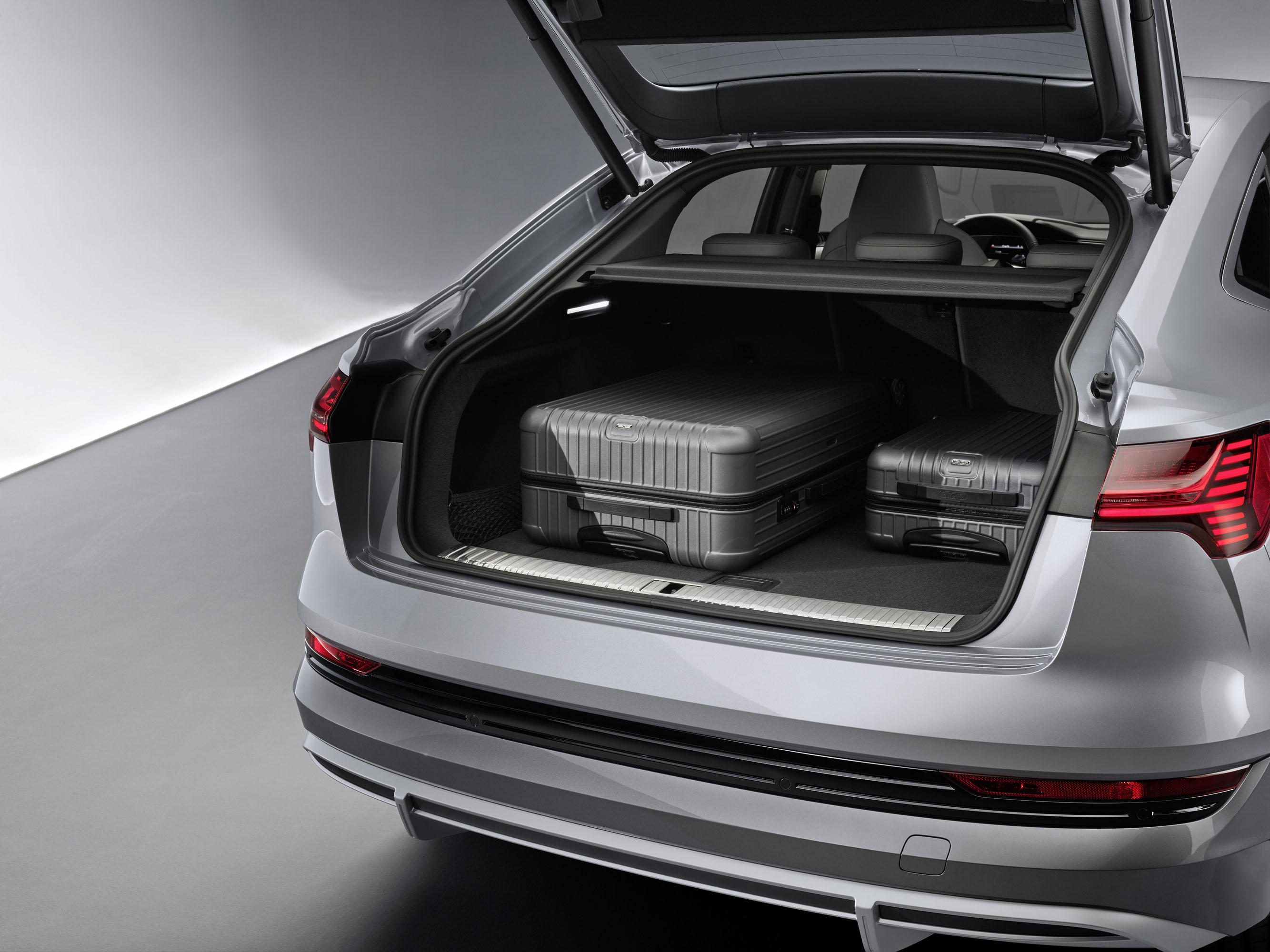 Audi e-tron Sportback photo #18