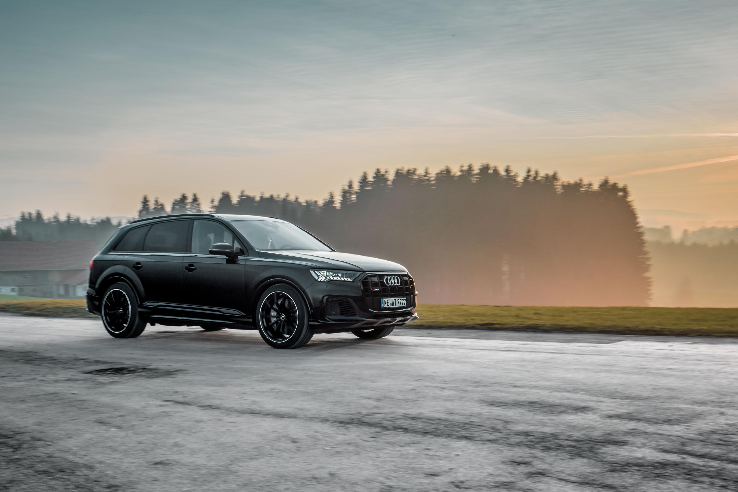 Audi SQ7 photo #7