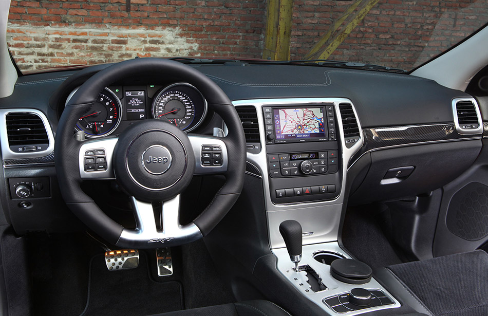 2012 Jeep Grand Cherokee SRT8 Front