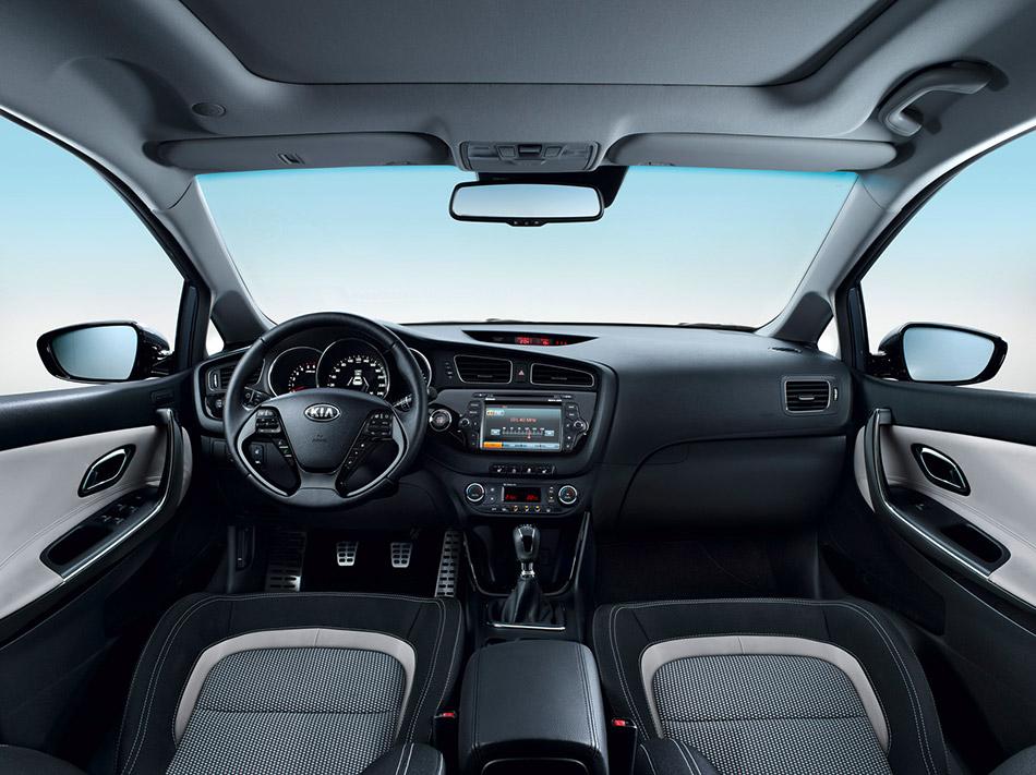 2012 Kia Cee'd Interior