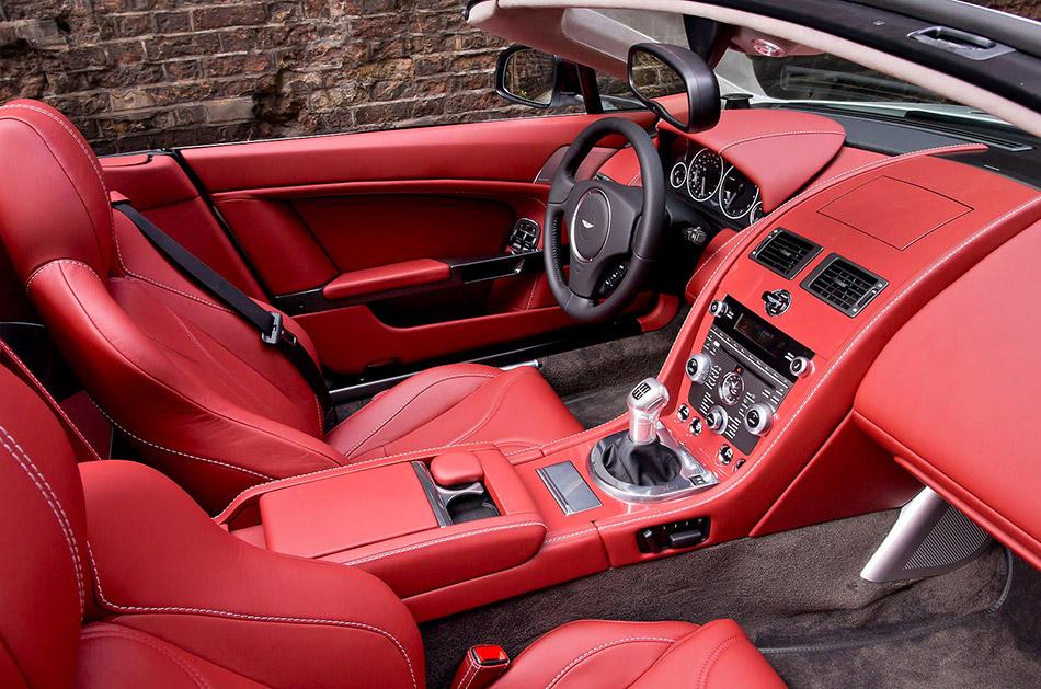 2013 Aston Martin V12 Vantage Roadster Interior