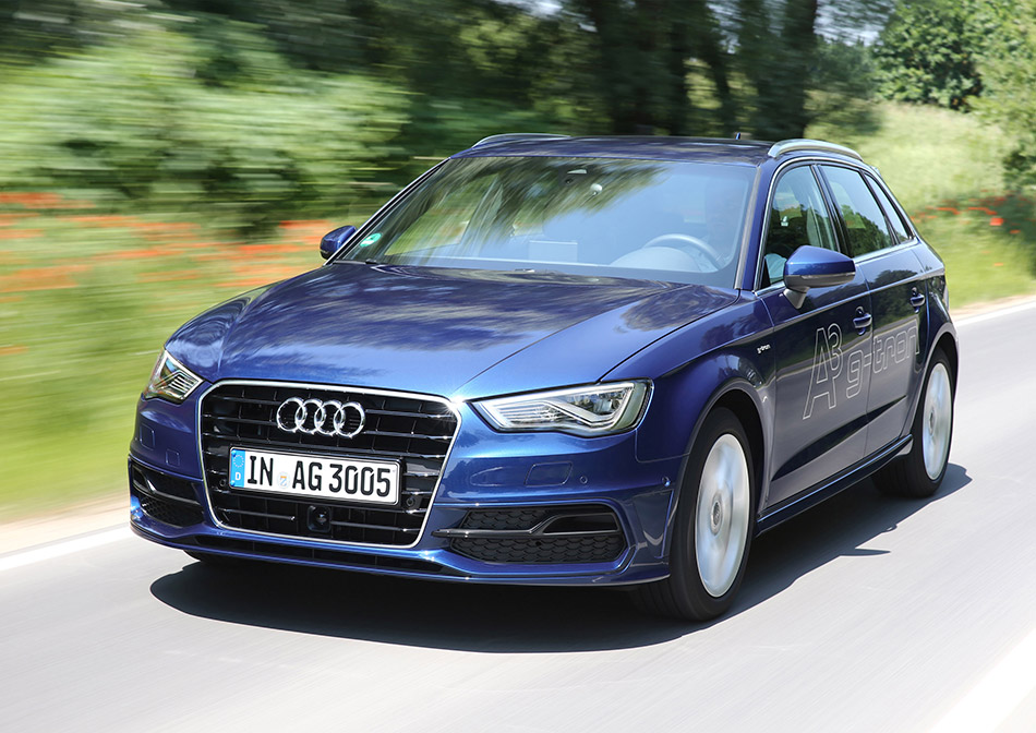 2013 Audi A3 Sportback g-tron Front Angle