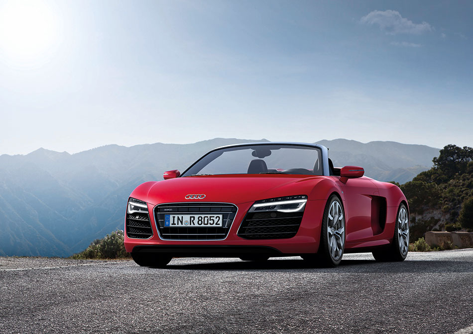 2013 Audi R8 Front Angle