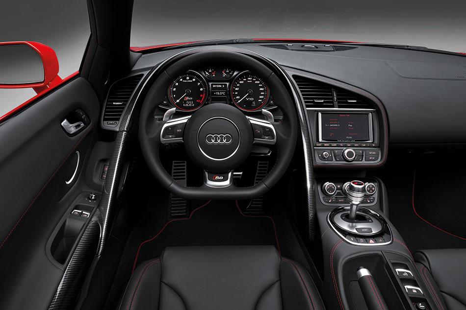 2013 Audi R8 Interior