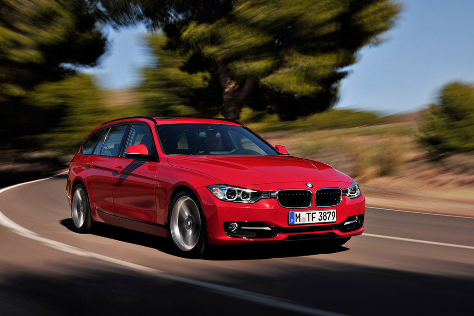 2013 BMW 3-Series Touring Front Angle