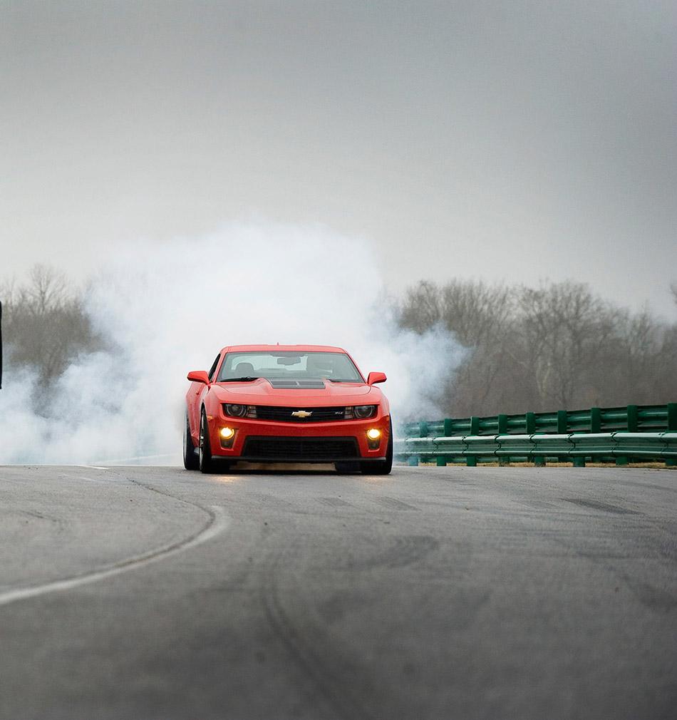 2013 Chevrolet Camaro ZL1 Front
