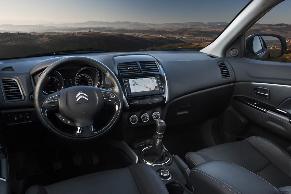 2013 Citroen C4 Aircross Interior