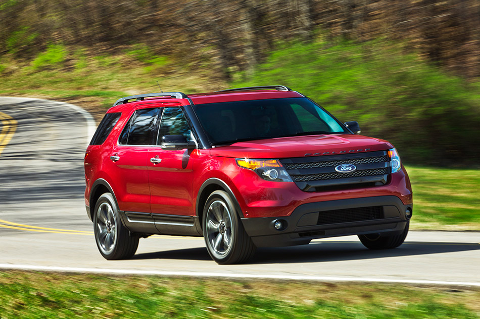 2013 Ford Explorer Sport Front Angle