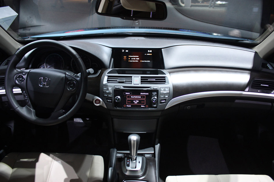 2013 Honda Crosstour Interior
