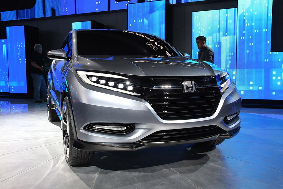 2013 Honda Urban SUV Concept Front Angle