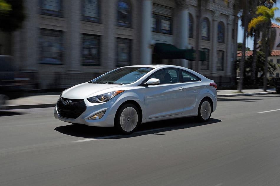 Hyundai Elantra Coupe Front Angle