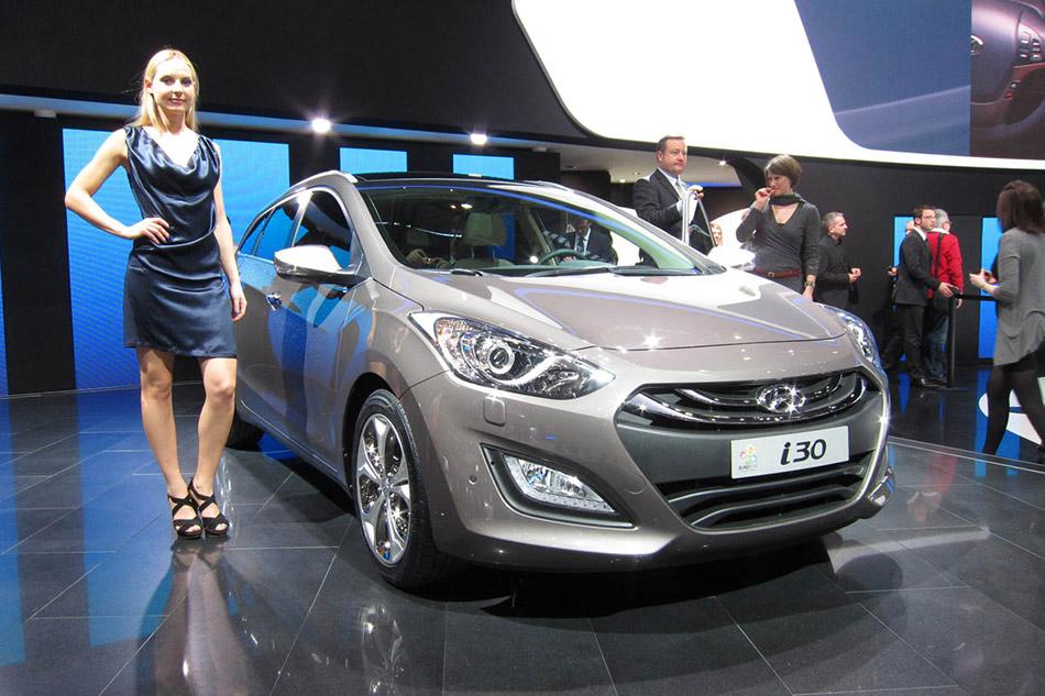 2013 Hyundai i30 Wagon Girl