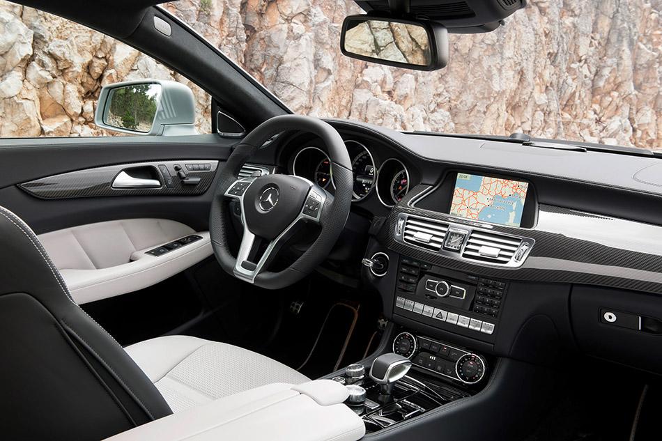 2013 Mercedes-Benz CLS 63 AMG Shooting Brake Interior