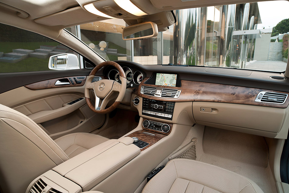 2013 Mercedes-Benz CLS Shooting Brake Interior
