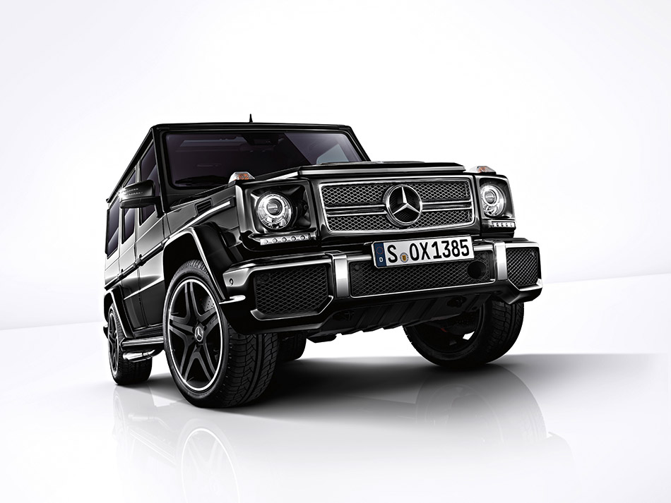 2013 Mercedes-Benz G-Class Front Angle