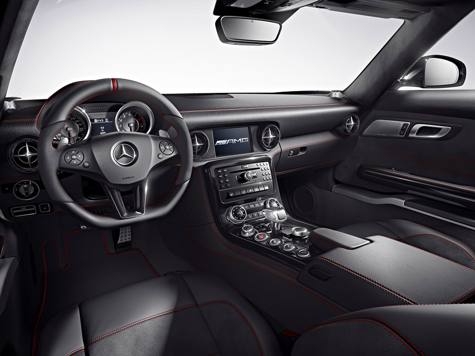 2013 Mercedes-Benz SLS AMG GT  Interior