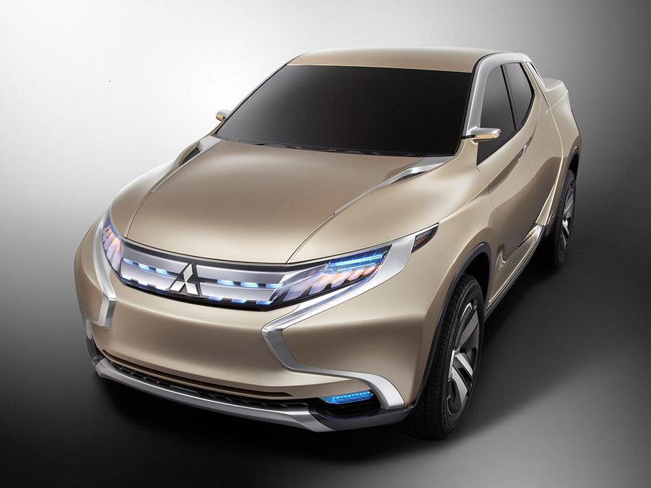 2013 Mitsubishi GR-HEV Concept Front Angle