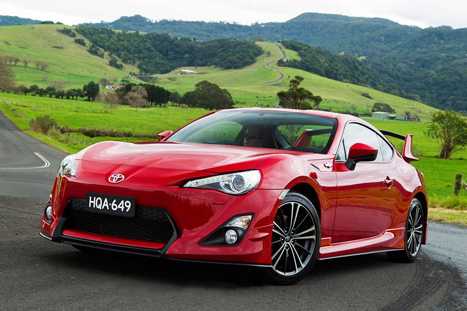 2013 Toyota GT86 Front Angle