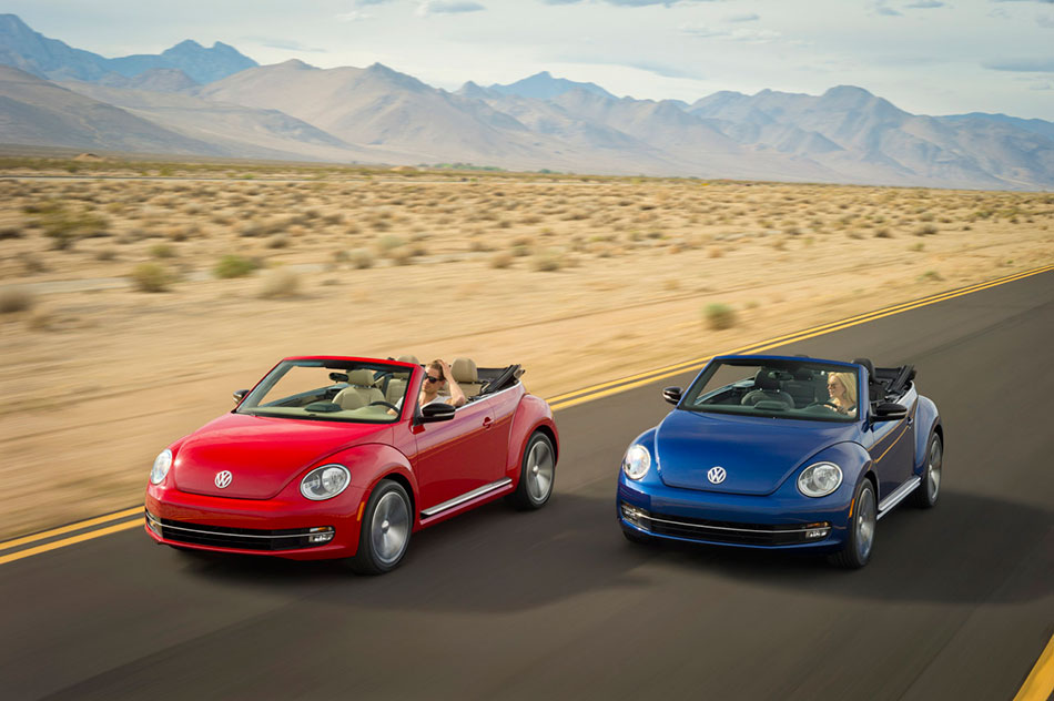 2013 Volkswagen Beetle Convertible Front Angle