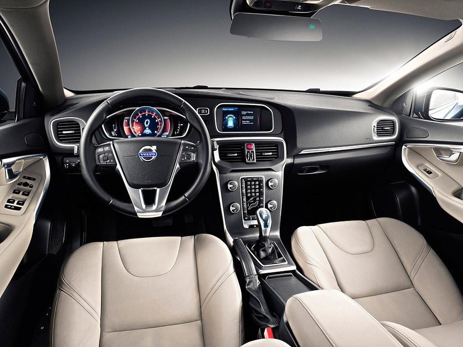 2013 Volvo V40 Interior