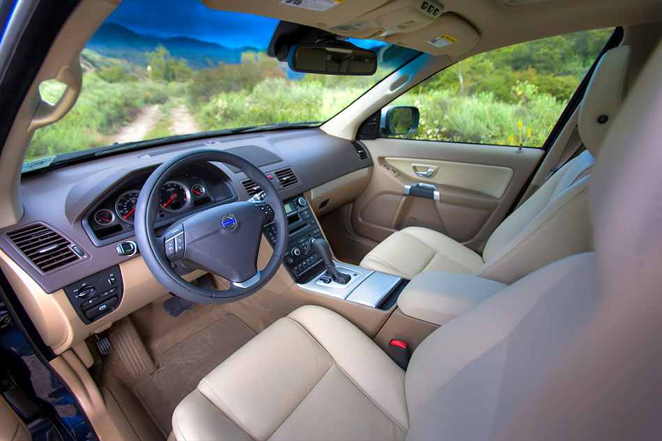 2013 Volvo XC90 Interior