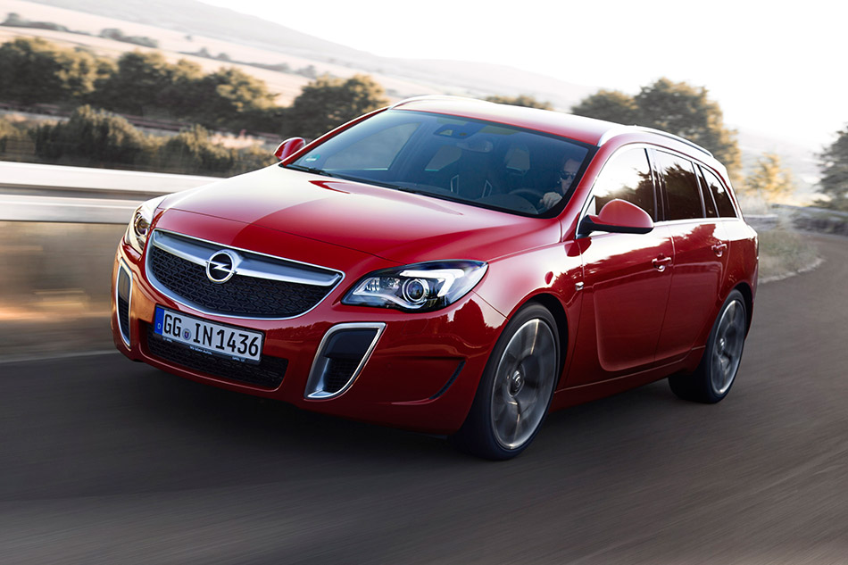 2013 Opel Insignia OPC Front Angle