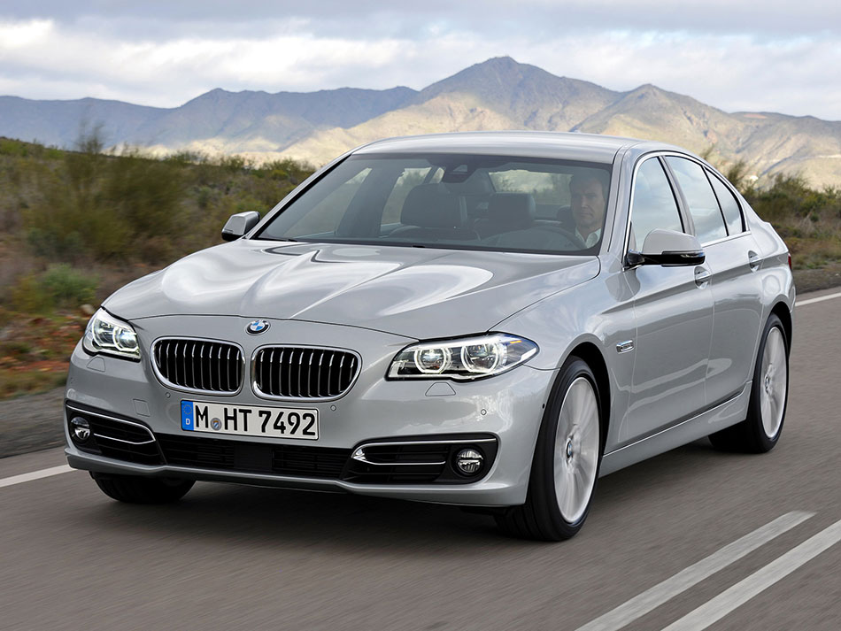 2014 BMW 5 Series Front Angle