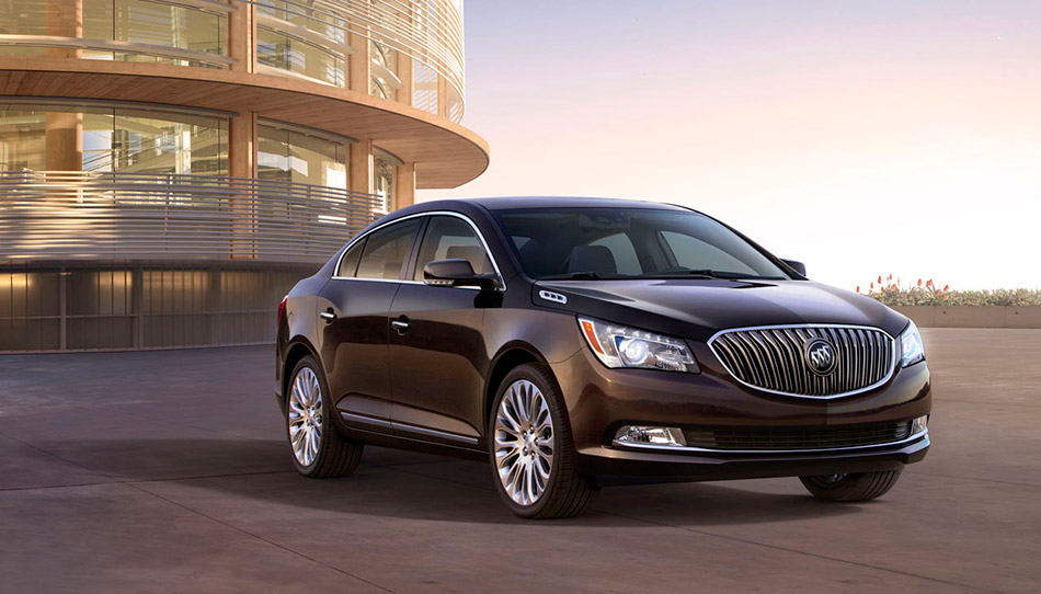 2014 Buick LaCrosse Front Angle