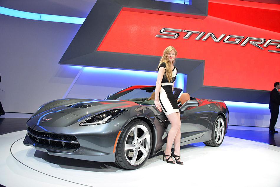 2014 Chevrolet Corvette Stingray Convertible Girl