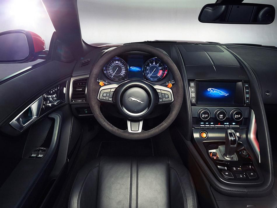2014 Jaguar F-Type Front Angle