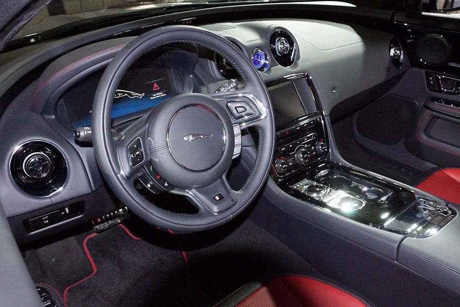 2014 Jaguar XJR Interior