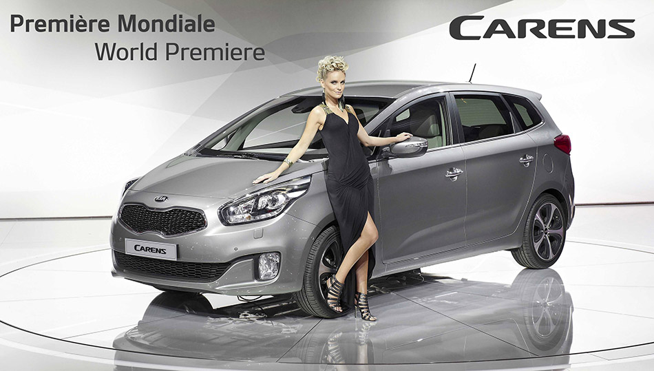 2014 Kia Carens-Rondo Girl
