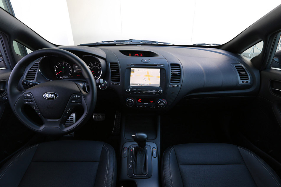 2014 Kia Forte 5-Door Interior