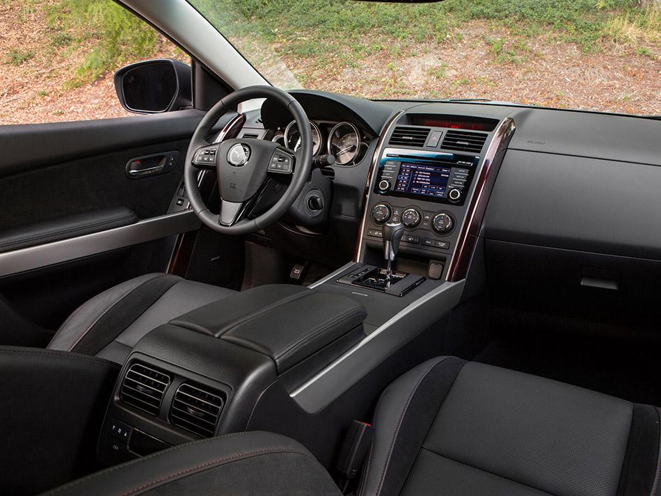 2014-Mazda-CX-9-Interior