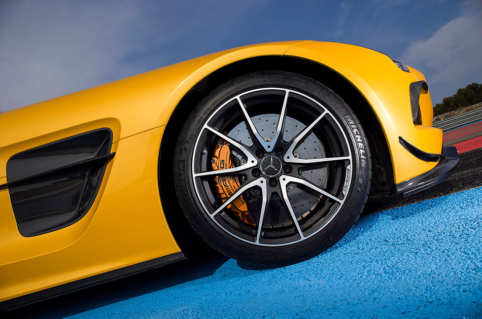 2014 Mercedes-Benz SLS AMG Black Series Brake