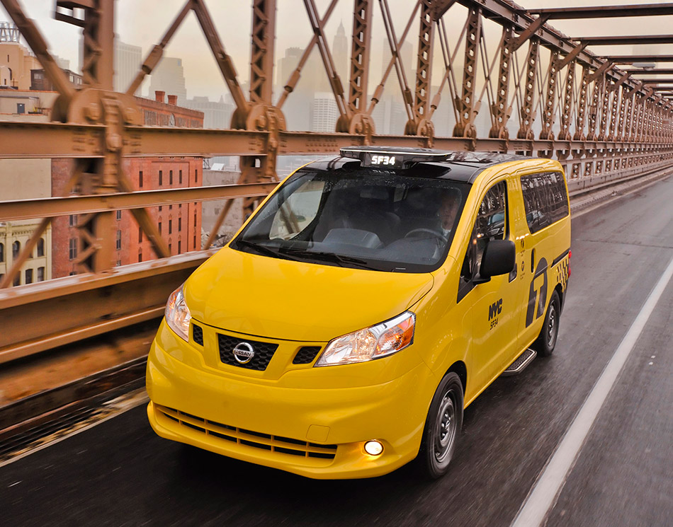 2014 Nissan NV200 Taxi Front Angle