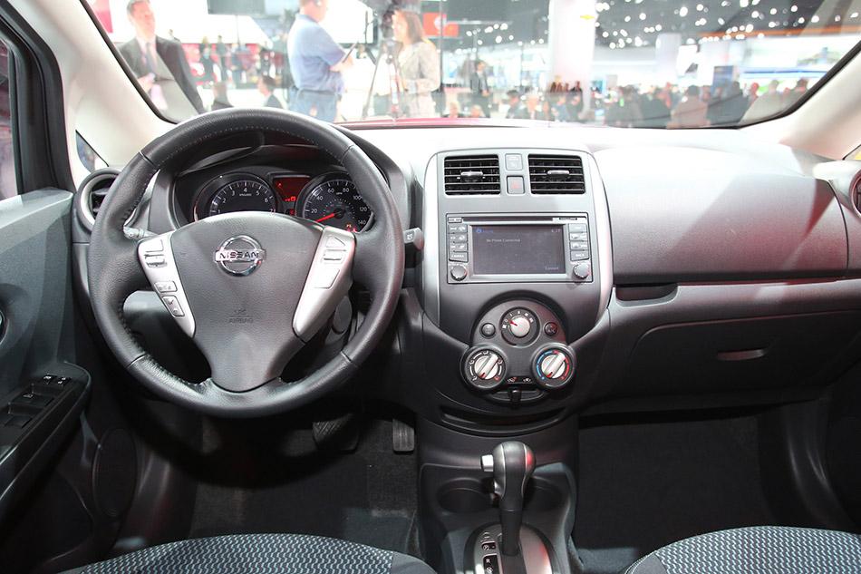 2014 Nissan Versa Note Interior
