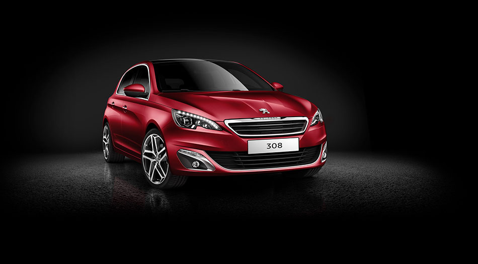 2014 Peugeot 308 Front Angle