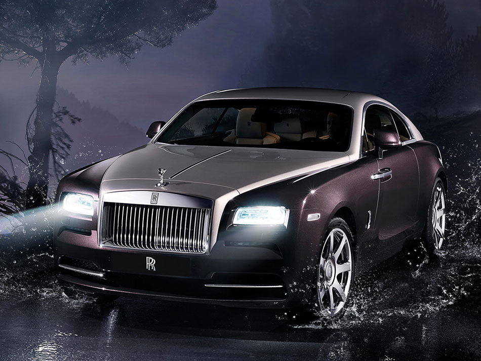2014 Rolls-Royce Wraith Front Angle