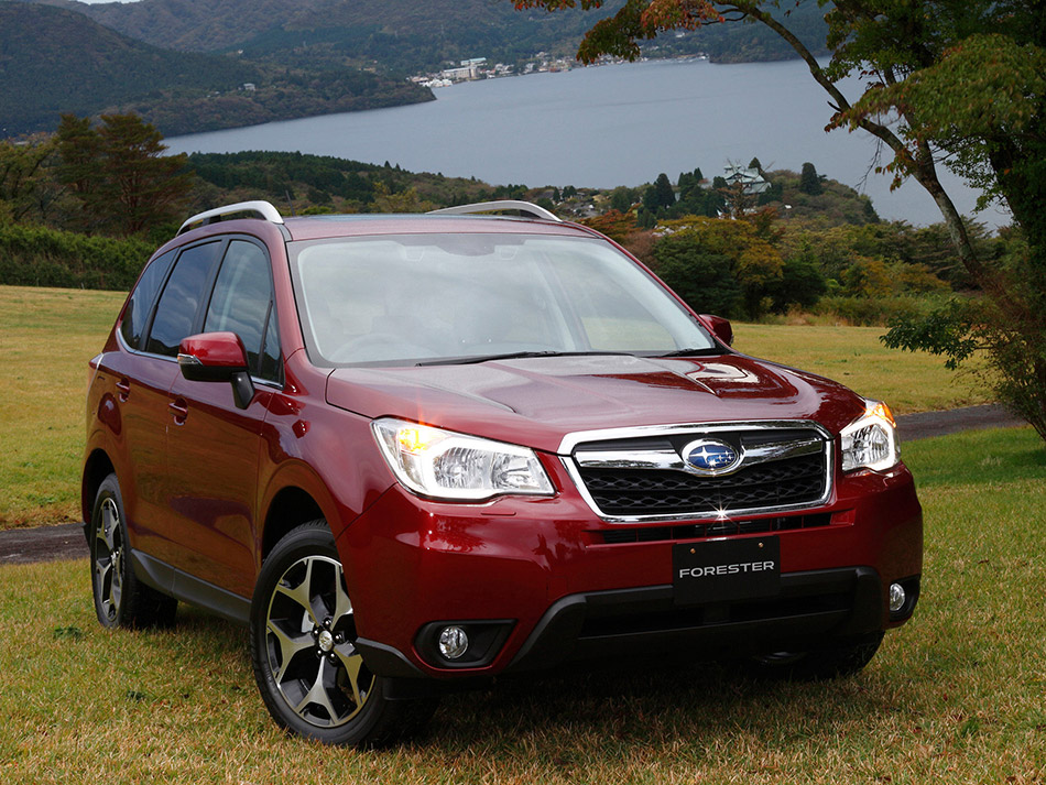 2014 Subaru Forester Front Angle
