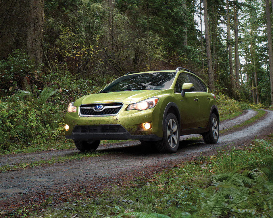 2014 Subaru XV Crosstrek Hybrid Front Angle