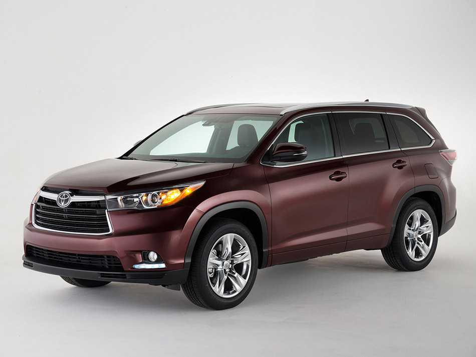 2014 Toyota Highlander Front Angle