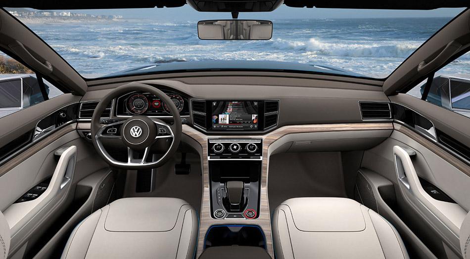 2014 Volkswagen CrossBlue Concept Interior