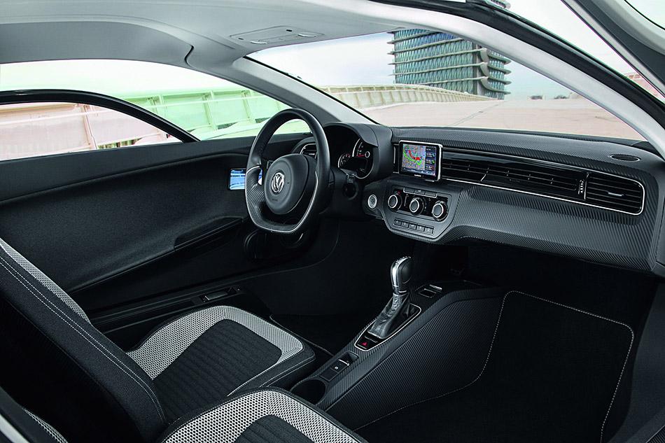 2014 Volkswagen XL1 Interior